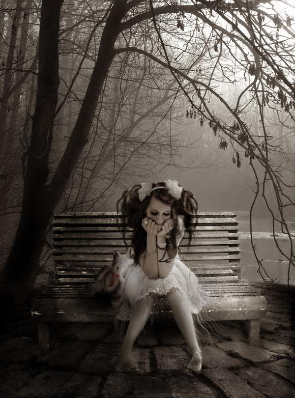 girl, gothic, alone, lost, depressed, dark world