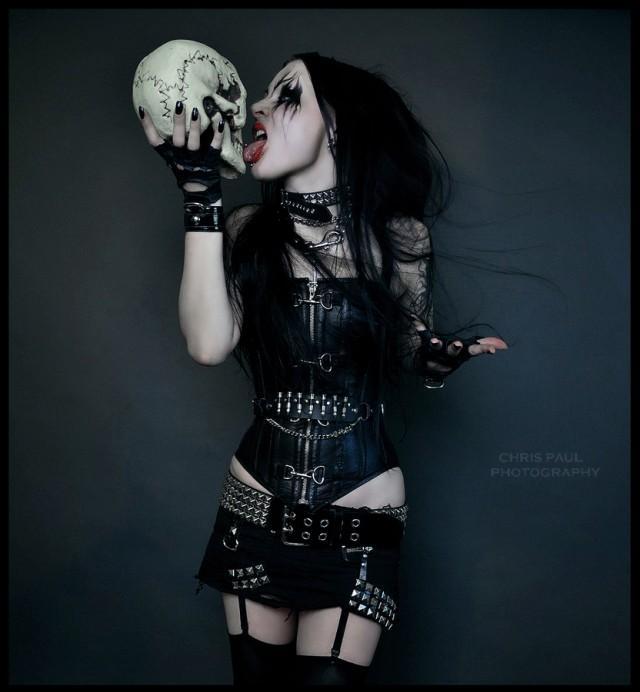 Dark art, Psycho, Skeleton heads